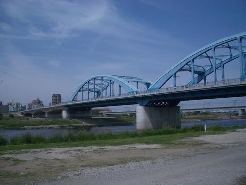 丸子橋 丸子橋 アーチが綺麗です。 前 | トップページ | 次  MTB その9 ~多摩川③~
